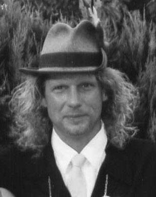 2004-bernhard-winnemaller